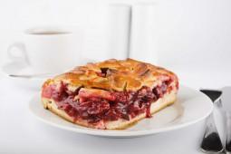 Пирог  с вишней, 1000 гр.