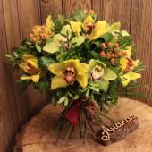 Букет с орхидеями стандарт